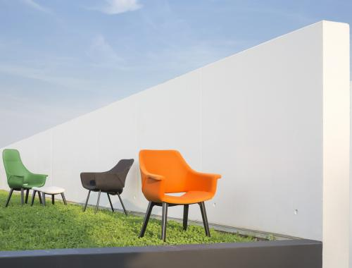 moments production seating collection_moments furniture_stoel zetel Cosmo