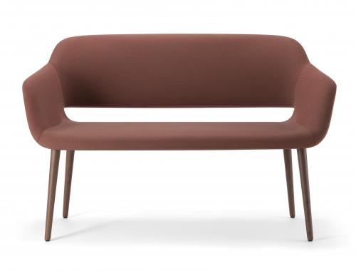 Discover by moments_zetel Ivö_moments furniture